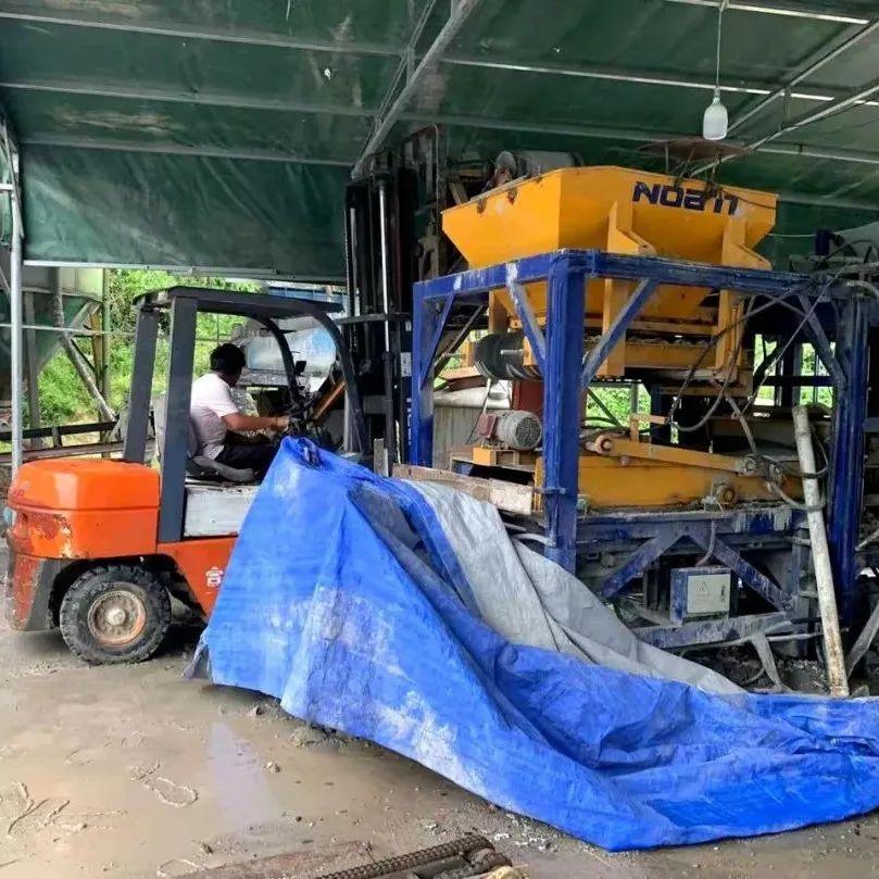 扬尘+噪声!横河这家水泥砖加工点被依法取缔!